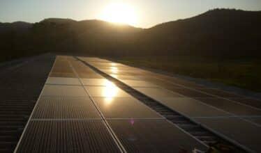 Elgin - energia solar - inversores - IOT - tecnologia