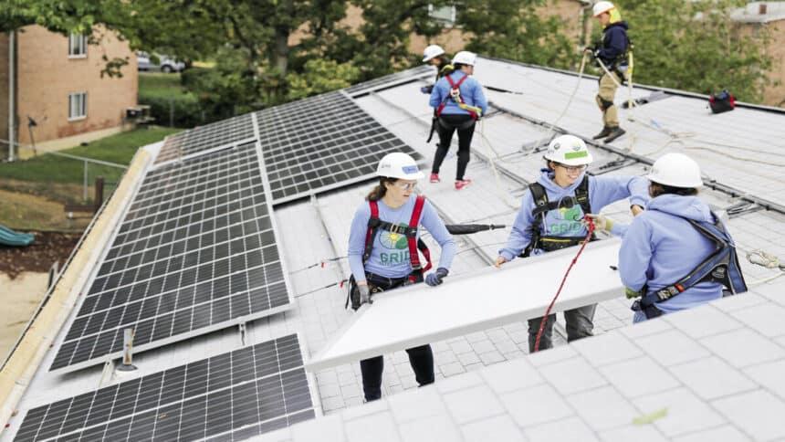 Nextracker e a Solar Energy International anunciam programa global exclusivo para mulheres ingressarem no mercado de energia solar