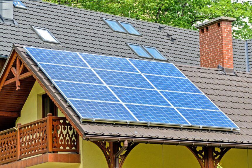 Com crise hídrica atingindo o Brasil, o mais viável é a energia solar com a instalação do sistema fotovoltaico