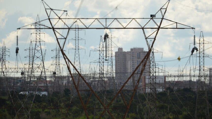 Governo Federal - energia renovável - Nordeste - hidrelétricas - linhas de transmissão