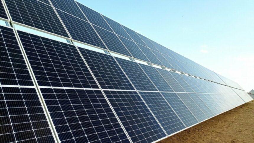 Empresa francesa Qair, deseja construir 10 parques de energia solar no Ceará, gerando diversas vagas de emprego para a população